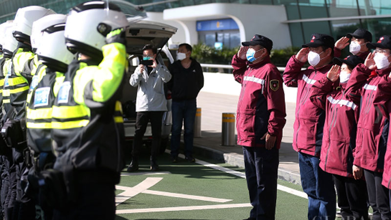 Medical assistance teams leave Wuhan