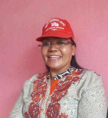 कमला राेका – पहिलाे महिला छापामार बनिन्, पहिलाे महिला सांसद ।
